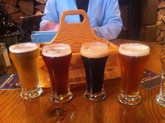 Duncan, Kanada: Lager, red ale, porter, pale ale. Porter the winner!
