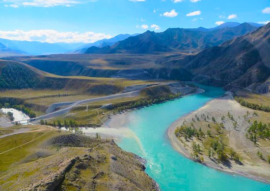 ‪‪Altai Touristic‬: The confluence of Chuya and Katun rivers.‬