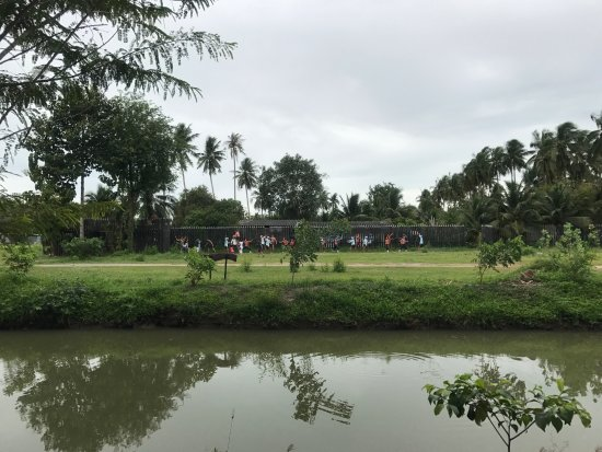 Bang Khonthi: мини-отели