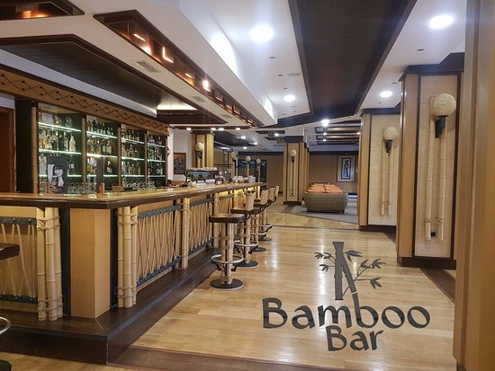 Boutique Bamboo Bar in Emerald Beach Resort & SPA