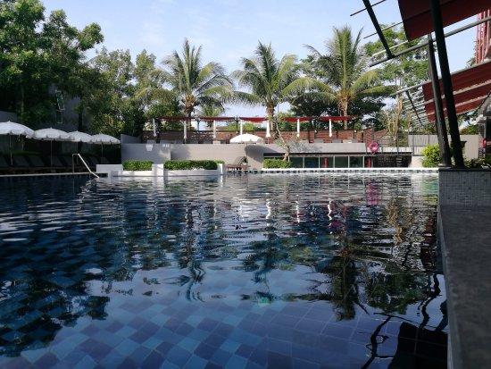 Red Ginger Chic Resort: Pool