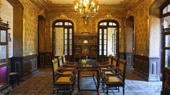 An Dinh Palace Interior