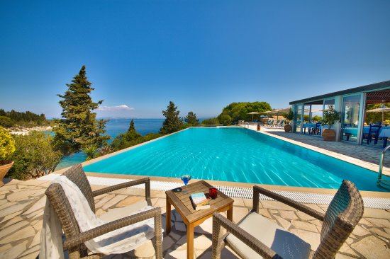 Glyfada beach villas paxos loggos greece hotel reviews photos price comparison tripadvisor for Ecr beach resorts with swimming pool prices