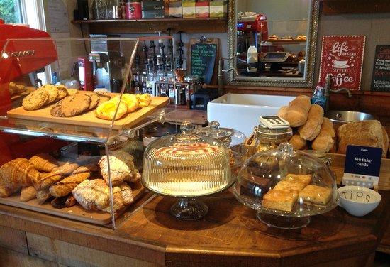 Hunton Bridge, UK: Pastries, cookies and panini....fresh every day