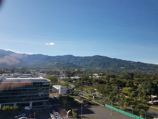 ซานตาอานา, คอสตาริกา: Looking out of room windo