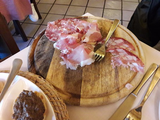 Restaurant Sciabolino: Antipasto toscano salumi