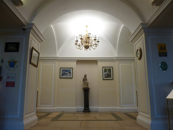 Abergavenny, UK: Reception area