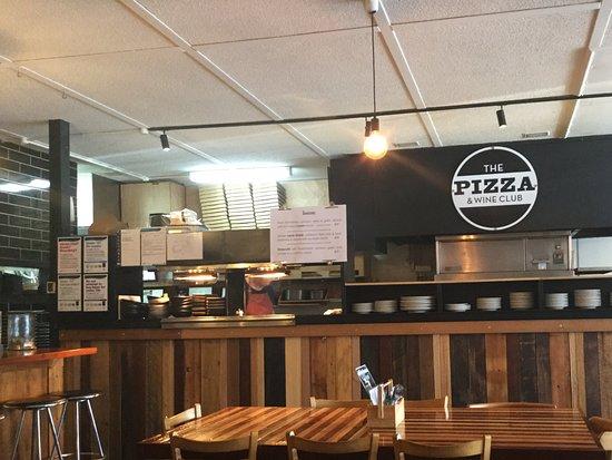 Kyneton, ออสเตรเลีย: Pizza kitchen