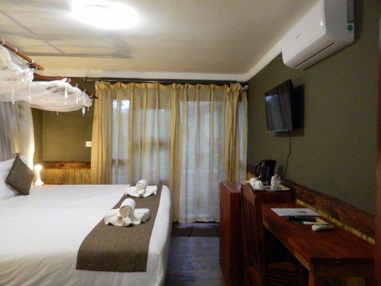 Kwalape Safari Lodge Updated 2019 Prices Reviews Chobe National
