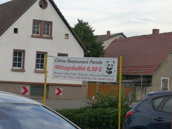 Biebesheim am Rhein, ألمانيا: Werbung für's Mittagsbuffet