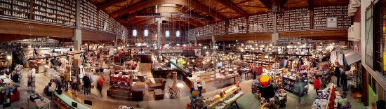 Rügen Adası, Almanya: Herrlich Stöbern im großen Bauernmarkt