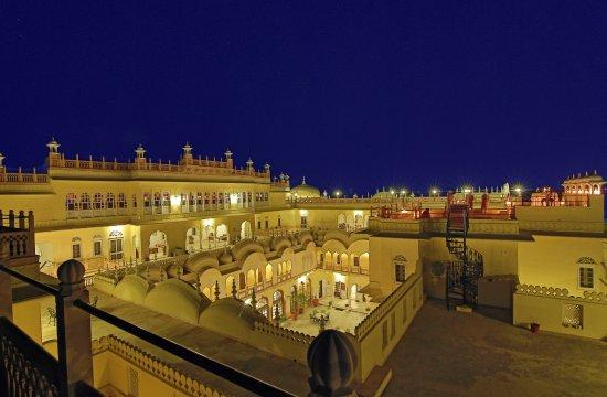 Alsisar, India: Hotel Terrace