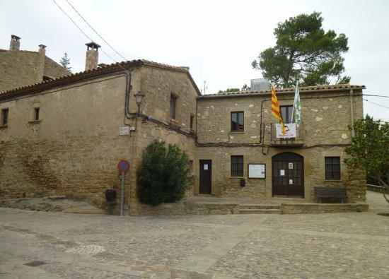 Talamanca, Spanien: Plaça de la Església