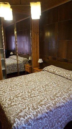 Hotel Dona Blanca: 20170405_185857_large.jpg