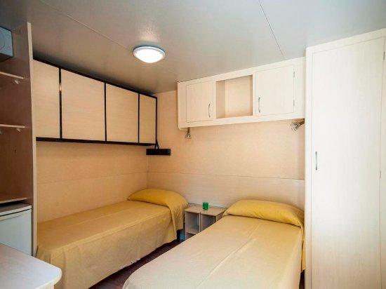 Casa mobile con 1 camera da letto - Picture of Camping Village ...