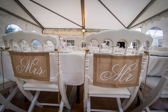 Les Houches, Francja: Time to welcome the bride and groom!