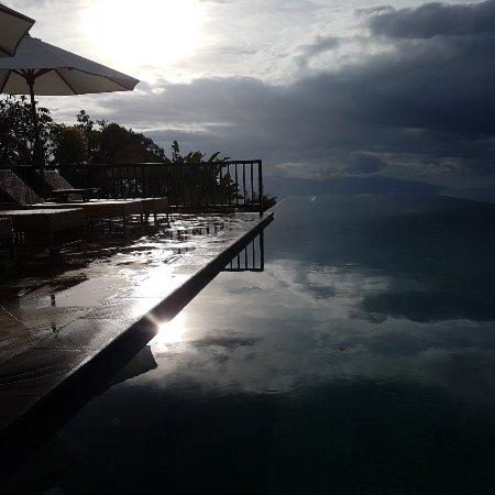 Gobleg, Indonesia: 20171117_170645_large.jpg