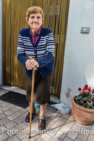 Giano dell'Umbria, Italia: LA MERAVIGLIOSA NONNA QUINTA