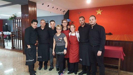 Chilches, Spain: Equipo de Ca Charly, estupendos, siempre con la sonrisa!
