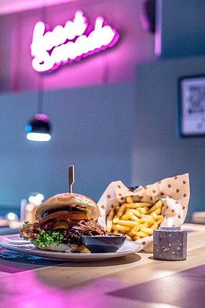 Fuerth, Germania: Heartmade Burger