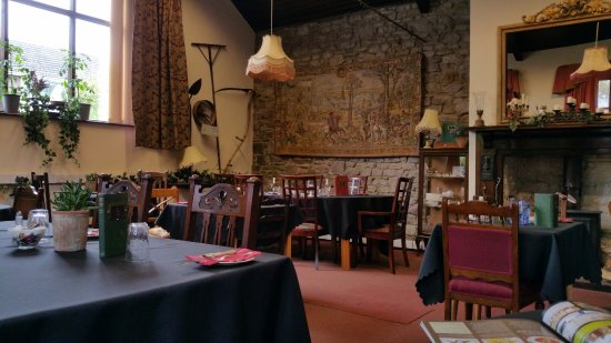 Whitchurch, UK : Cosy dining room for breakfast, lunch or candlelight dinner