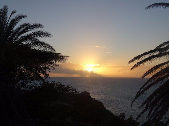 Jolly Harbour, Antigua: Tramonto dal fortino di deep bay