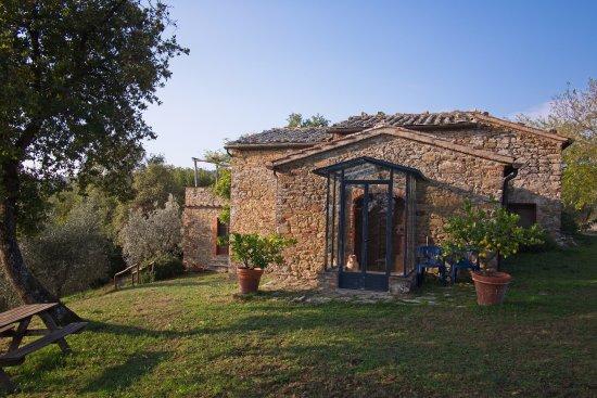 Agriturismo Bevignano : Hermosa Casa
