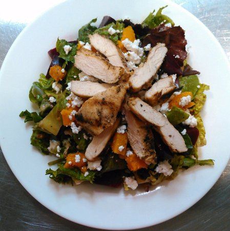 Ramsey, Nueva Jersey: Butternut Squash Grilled Chicken Salad