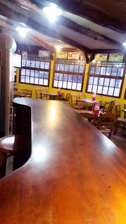 La Croix-en-Touraine, France : Bar de L'Avenue