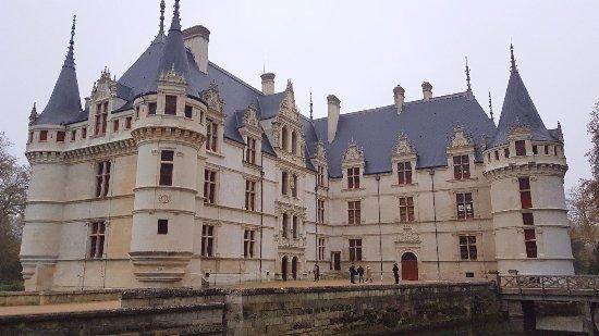 Azay-le-Rideau, Francia: 20171119_144828_large.jpg