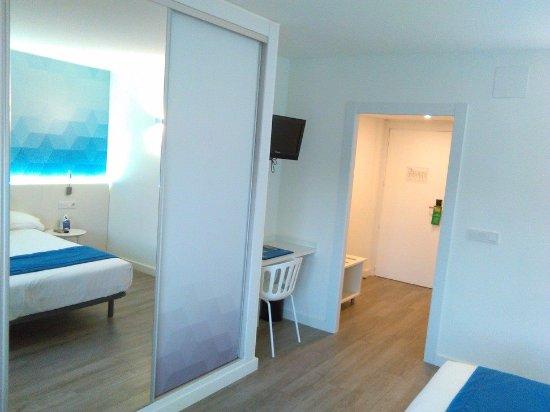 Estudiotel Alicante : Hotel room