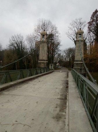 Kressbronn, Germany: Hängebrücke Uber die Argen