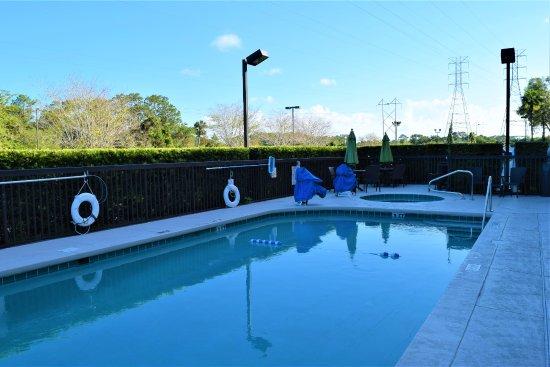 Pool - Picture of Hampton Inn DeBary/Deltona - Tripadvisor