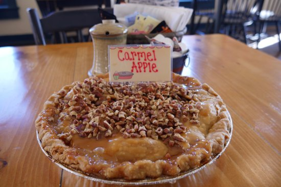 My Just Desserts: Caramel Apple Pie, a fall favorite
