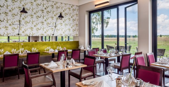 Schneverdingen, Tyskland: Neues Restaurant Gasthaus