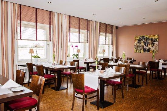 Schneverdingen, Jerman: Restaurant Gasthaus