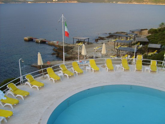 El Faro Hotel: Hotel El Faro View of Pool of Bedroom