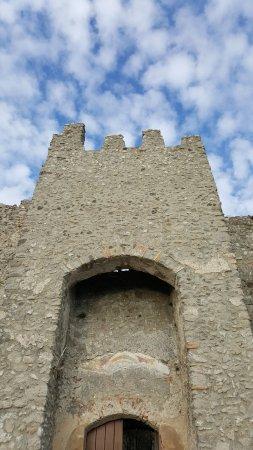 Castello di Arechi: IL CASTELLO