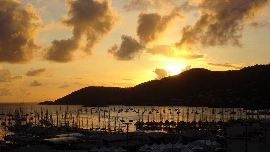 Le Marin, Martynika: coucher de soleil sur le golfe du Marin