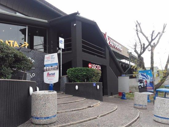 Ingresso picture of autogrill cantagallo ovest for Casalecchio di reno bologna hotel