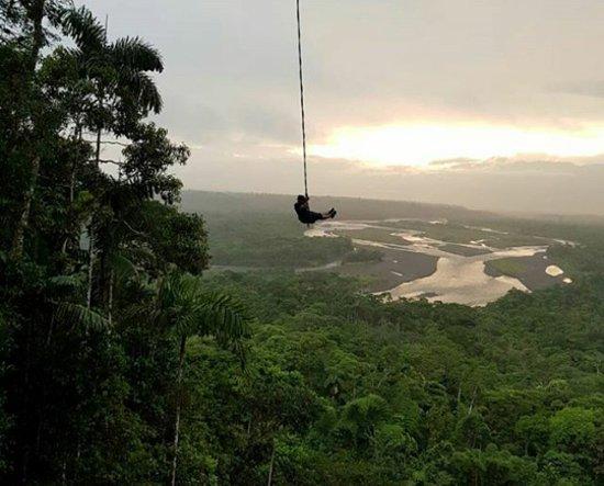 Puyo, Ισημερινός: Vuelo por los cielos de la selva ecuatoriana.