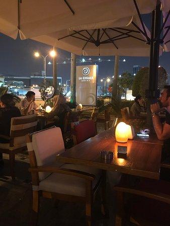 ลา ซิกาล: La Cigale Hotel