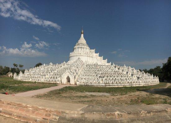 Mingun, Birmanie (Myanmar) : the Pagoda