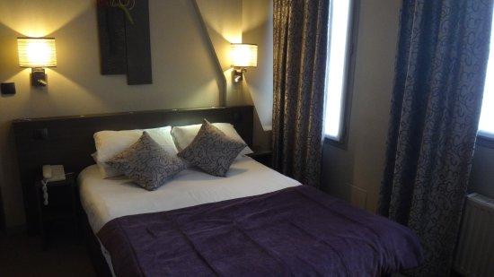 Hotel France Albion: Quarto, aconchego sem luxo.