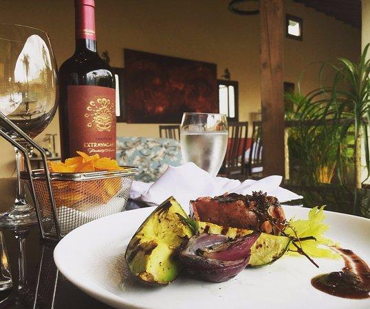 San Isidro del General, كوستاريكا: Ven y disfruta de nuestros platos especiales