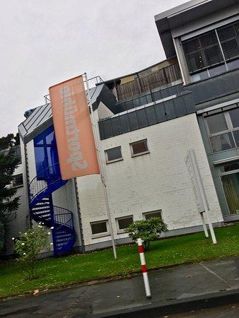 Hilden, Γερμανία: Flâmula