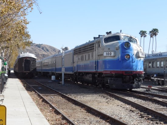 Fillmore, CA: Train Engine