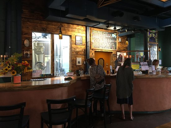 Missoula, MT: Inside and the bar, brewing area visible