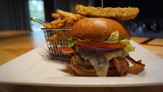 Nobleton, Canadá: The Bacon Cheese Burger
