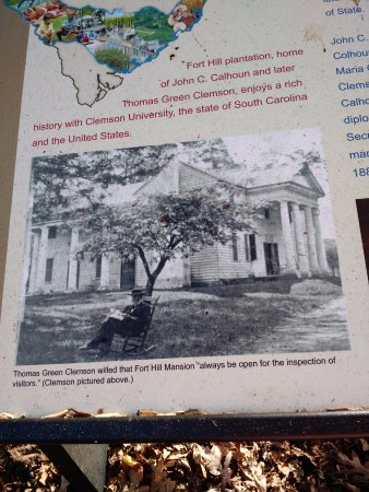 Fort Hill Plantation: Plantation was a working cotton plantation